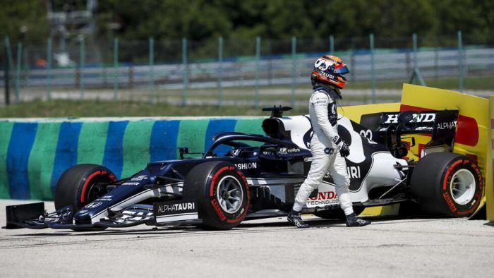 F1 treniņu aptur pēc Cunodas avārijas, Verstapens ātrākais