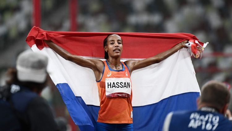 Hasana triumfē arī 10 000 metros un ieraksta savu vārdu vēsturē