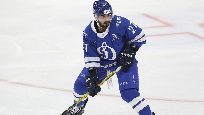 Divās spēlēs sakrātie pieci punkti ļauj Voinovam kļūt par KHL nedēļas aizsargu