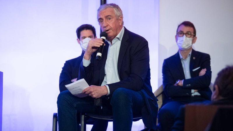 Fāzelu IIHF prezidenta amatā nomaina Francijas federācijas vadītājs Tardifs